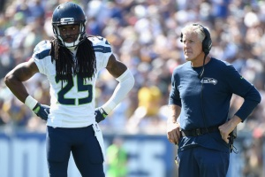 LOS ANGELES, CA - SEPTEMBER 18: Head coach Pete Carroll of the Seattle Seahawks speaks to Richard Sherman #25 in the second quarter of the home opening NFL game against the Los Angeles Rams at Los Angeles Coliseum on September 18, 2016 in Los Angeles, California. (Photo by Harry How/Getty Images)