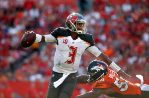 TAMPA, FL - OCTOBER 2: Quarterback Jameis Winston #3 of the Tampa Bay Buccaneers is pressured by outside linebacker Von Miller #58 of the Denver Broncos as he looks for an open receiver during the second quarter of an NFL game on October 2, 2016 at Raymond James Stadium in Tampa, Florida. (Photo by Brian Blanco/Getty Images)