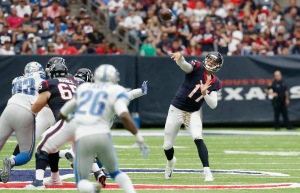 HOUSTON, TX - OCTOBER 30: Brock Osweiler #17 of the Houston Texans throws a pass in the third quarter agains the Detroit Lions at NRG Stadium on October 30, 2016 in Houston, Texas. (Photo by Thomas B. Shea/Getty Images)