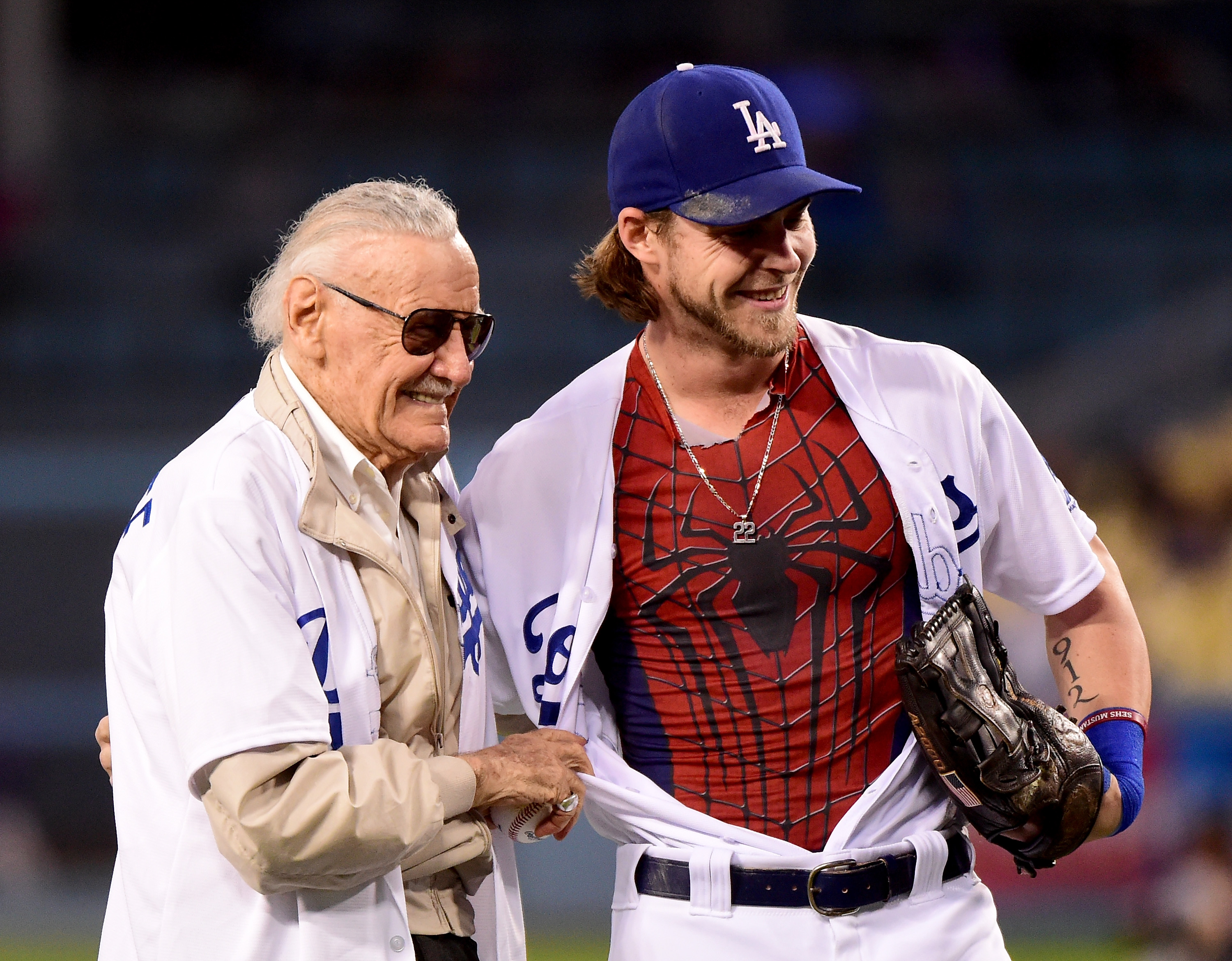LOS ANGELES, CA - SEPTEMBER 22: Josh Reddick #11 of the Los Angeles Dodgers poses for a for with comic book writer Stan Lee before the game against the Colorado Rockies at Dodger Stadium on September 22, 2016 in Los Angeles, California. (Photo by Harry How/Getty Images)