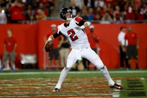 TAMPA, FL - NOVEMBER 3: Quarterback Matt Ryan #2 of the Atlanta Falcons drops back to pass during the second quarter of an NFL game against the Tampa Bay Buccaneers on November 3, 2016 at Raymond James Stadium in Tampa, Florida. (Photo by Brian Blanco/Getty Images)