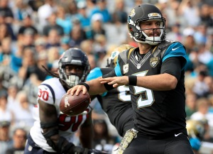 JACKSONVILLE, FL - NOVEMBER 13: Blake Bortles #5 of the Jacksonville Jaguars throws a pass against the Houston Texans during the game at EverBank Field on November 13, 2016 in Jacksonville, Florida. (Photo by Mike Ehrmann/Getty Images)
