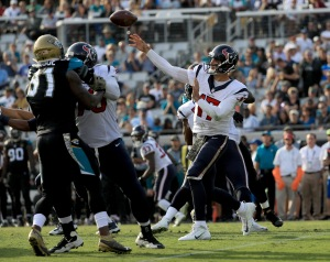 JACKSONVILLE, FL - NOVEMBER 13: Brock Osweiler #17 of the Houston Texans attempts a pass against the Jacksonville Jaguars during the game at EverBank Field on November 13, 2016 in Jacksonville, Florida. (Photo by Mike Ehrmann/Getty Images)